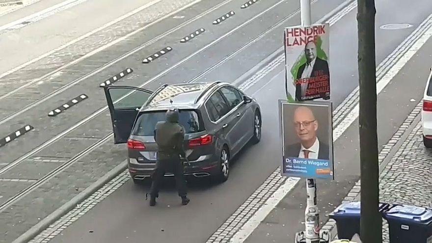 Германия потрясена антисемитским нападением в Галле