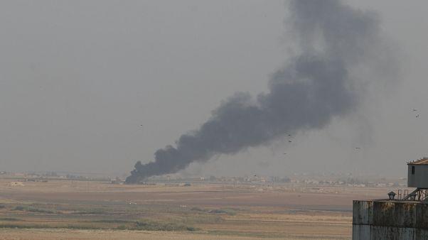 Türk Silahlı Kuvvetleri, Suriye Milli Ordusu'yla birlikte Suriye'nin kuzeyinde PKK/YPG ve DEAŞ terör örgütlerine karşı Barış Pınarı Harekatı'nı başlattı.