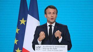 Sida, paludisme, tuberculose : la France donne trois heures pour trouver 14 milliards