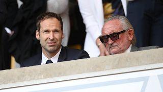 Petr Cech (balra) jelenleg a Chelsea technikai tanácsadója
