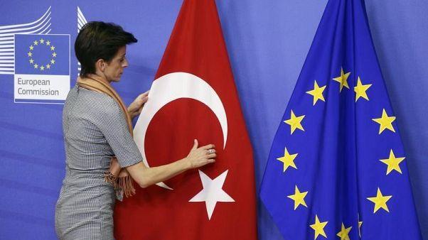 AB'den Suriye açıklaması: Mülteciler Türkiye'de kalmazsa AB para yardımını keser