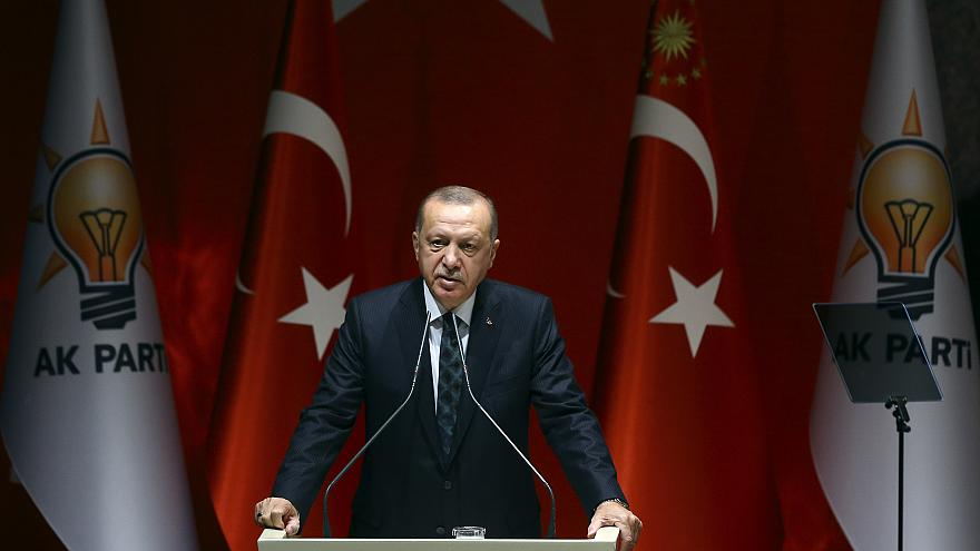 Türkiye Cumhurbaşkanı ve AK Parti Genel Başkanı Recep Tayyip Erdoğan, partisinin genel merkezinde Genişletilmiş İl Başkanları Toplantısı'na katılarak konuşma yaptı.