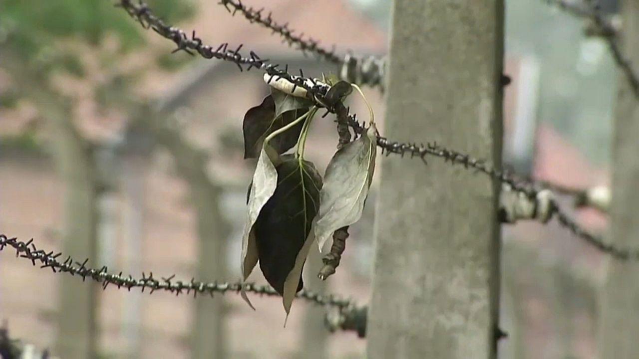 Restaurálják a tárgyakat Auschwitzban a tábor felszabadításának 75. évfordulójára