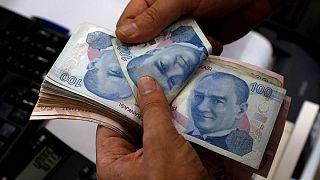 تضعیف ۴ درصدی لیر ترکیه در بازار تهران؛ آرامش دلار و یورو برهم نخورد