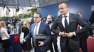 Szijjártó Péter magyar külügyminiszter és Várhelyi Olivér nagykövet 2018. július 16-án