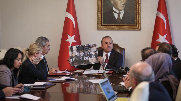 Dışişleri Bakanı Mevlüt Çavuşoğlu, yabancı haber ajanslarının temsilcilerinin gündeme ilişkin sorularını yanıtladı.