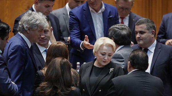 Έπεσε η κυβέρνηση της Ρουμανίας