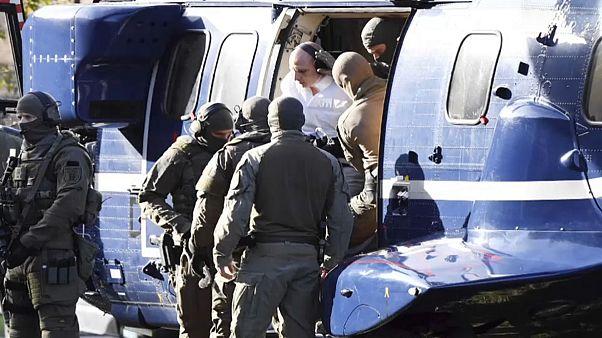 Germania, l'attentatore di Halle confessa. Prima udienza per il killer neonazista