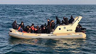 محاکمه دو افغان و یک هلندی به اتهام کمک به انتقال پناهجویان به بریتانیا