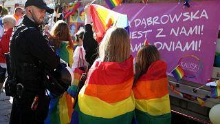 La homofobia y los derechos LGTBI alimentan el debate electoral en Polonia