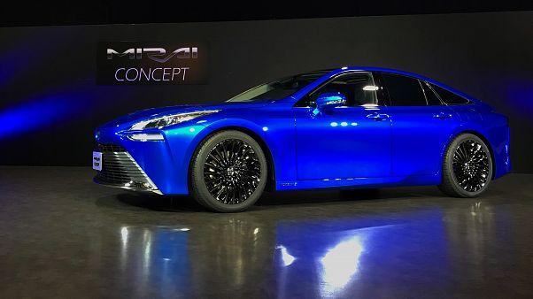 Toyota yeni hidrojenli aracıyla Tesla'ya rakip olmayı hedefliyor