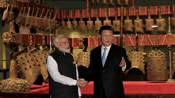 Il summit dei giganti asiatici,  Cina e India mettono da parte le divergenze
