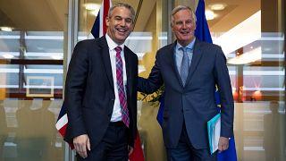 Συμφωνία νέων συζητήσεων ΕΕ-Βρετανίας