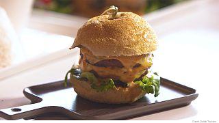 Abre en Dubái el mayor restaurante de comida vegana del mundo