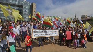 """مظاهرة للأكراد أمام مكتب الأمم المتحدة في بيروت احتجاجا على عملية """"نبع السلام"""""""