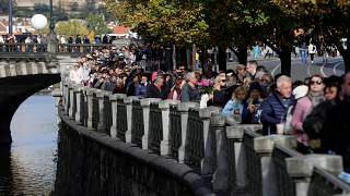 300,000 mourners pay respects to Czech singer Karel Gott, 'Sinatra of the East'