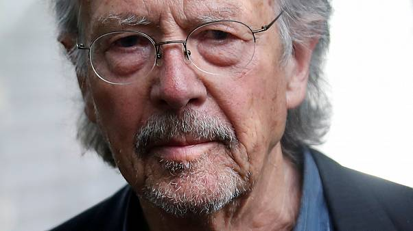 """Peter Handke: """"bátor döntés volt nekem adni az irodalmi Nobelt"""""""