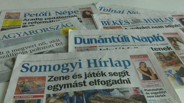 Lustreisen und Medienschelte: Ungarns wilder Wahlkampf