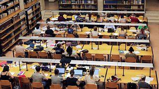 فرنسا: المجلس الدستوري يفصل في قضية رفع الرسوم الجامعية للطلبة الأجانب