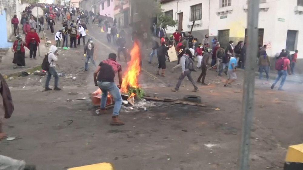 أسعار الوقود تشعل نار العنف بالإكوادور والسكان يرفضون الحوار مع الرئيس   Euronews