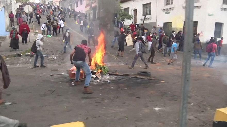 Enfrentamientos en las calles de Quito