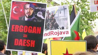 شاهد: مسيرات للأكراد في عدة مدن أوروبية تندد بالهجوم التركي على شمال سوريا