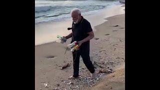 Премьер Индии навел порядок на пляже