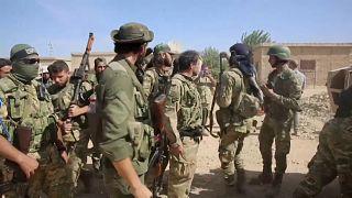 شاهد: تقدم مقاتلي المعارضة السورية المسلحة نحو تل أبيض