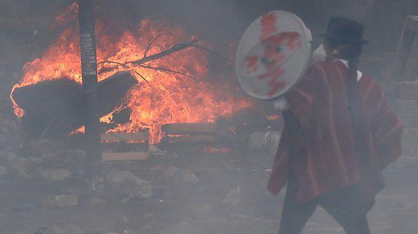 Ισημερινός: Προσπάθειες διαλόγου υπό στρατιωτικό νόμο