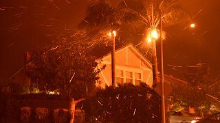 Пожары в Калифорнии: 3 погибших