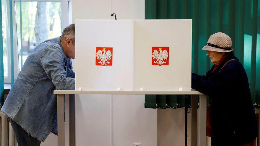 Польша голосует