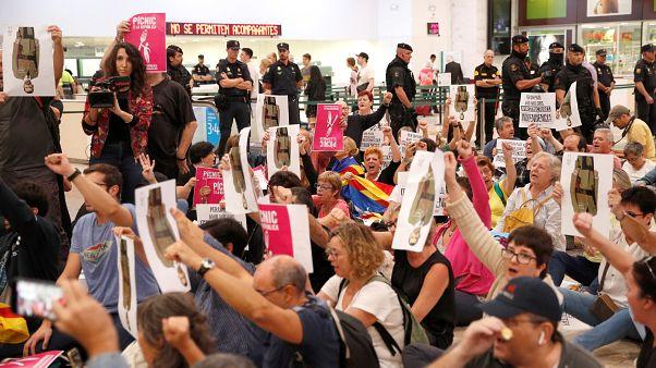 Protest im Bahnhof Barcelona - Müssen Separatisten jahrelang in Haft?