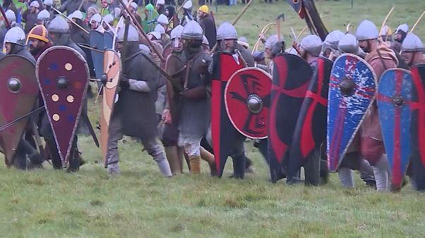 شاهد: انجلترا وفرنسا تحاكيان التاريخ من خلال معركة هاستينغز