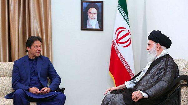 خامنهای به نخست وزیر پاکستان: پایان درست جنگ یمن، نتایج مثبتی خواهد داشت