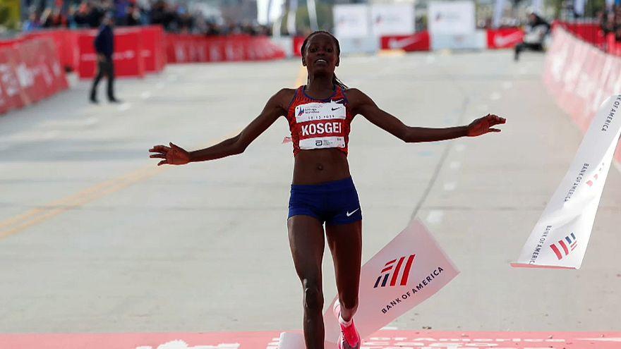 Brigid Kosgei pulveriza el récord de maratón femenino: 2:14:04