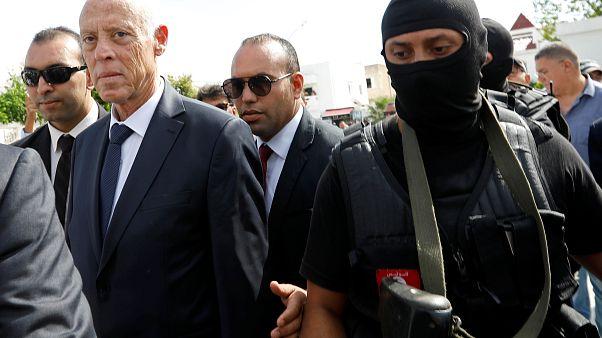 Юрист Каис Саид побеждает на выборах в Тунисе