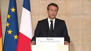 Emmanuel Macron et Angela Merkel appellent la Turquie à cesser son attaque en Syrie