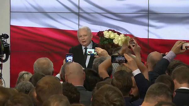 Власть в Польше осталась за правыми консерваторами