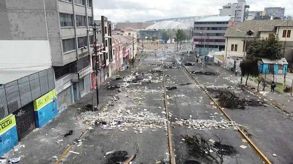 Ecuador: annullato un decreto austerity, torna la calma
