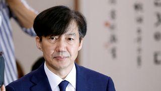 Eşi öğretim üyesi olan Cho'nun kızının üniversiteye kabulünde ayrıcalıklı davranıldığı ileri sürülüyor