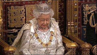 Regina Elisabetta II durante la lettura del discorso al Parlamento 14/10/19