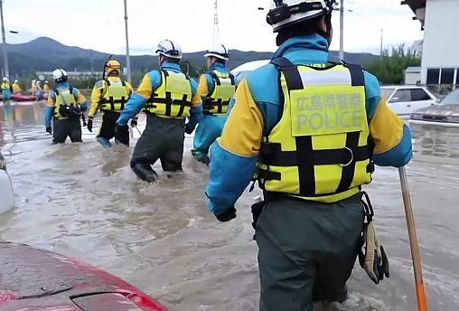 Giappone sott'acqua dopo il passaggio del tifone Hagibis