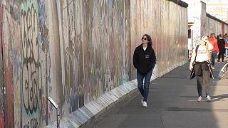 """""""Filhos"""" do Muro de Berlim tentam compreender o passado"""
