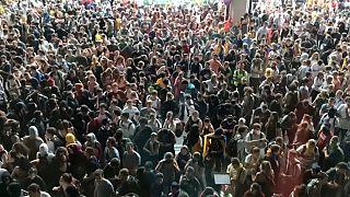 Barcellona, proteste fino a notte e domani in piazza a Madrid