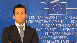 Csalódottak a kurdok, rombolja Magyarország képét a törökbarát politika