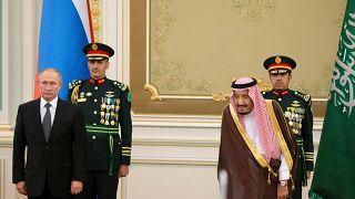 شاهد: مراسم استقبال الرئيس الروسي من قبل العاهل السعودي في الرياض