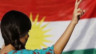 هل انهارت أحلام الأكراد بالحكم الذاتي بعد طلب المساعدة من دمشق؟