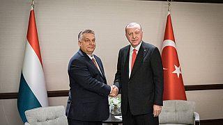 Erdogan megköszönte Orbánnak Magyarország kiállását az offenzívája mellett