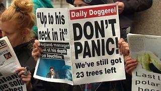 Ativistas pelo clima invadem centro financeiro de Londres