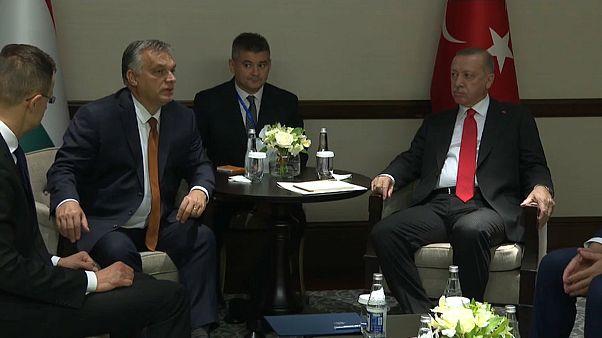 Cumhurbaşkanı Erdoğan Macaristan Başbakanı Victor Orban'ı Azerbaycan'da kabul etti